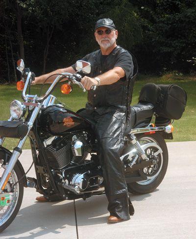 # RCGFCHAPS Diamond Plate Rock Design Genuine Buffalo Leather Motorcycle Chaps