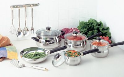 # RCKTG152S Justin Wilson Kitchenware by Chef�s Secret 15 piece Stainless Steel 5-ply 18/10 Cookware and Utensil Set